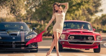 ford-mustang-red-devushka-1219