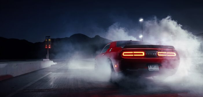 dodge-challenger-hellcat-red